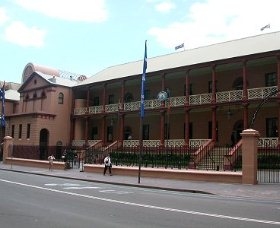 Parliament House - Accommodation Australia