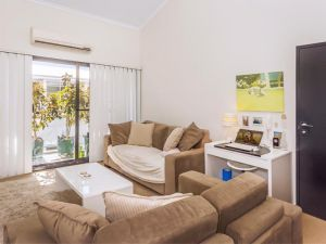 Home Apartment - Perth City Centre - Free WiFi - Accommodation Australia